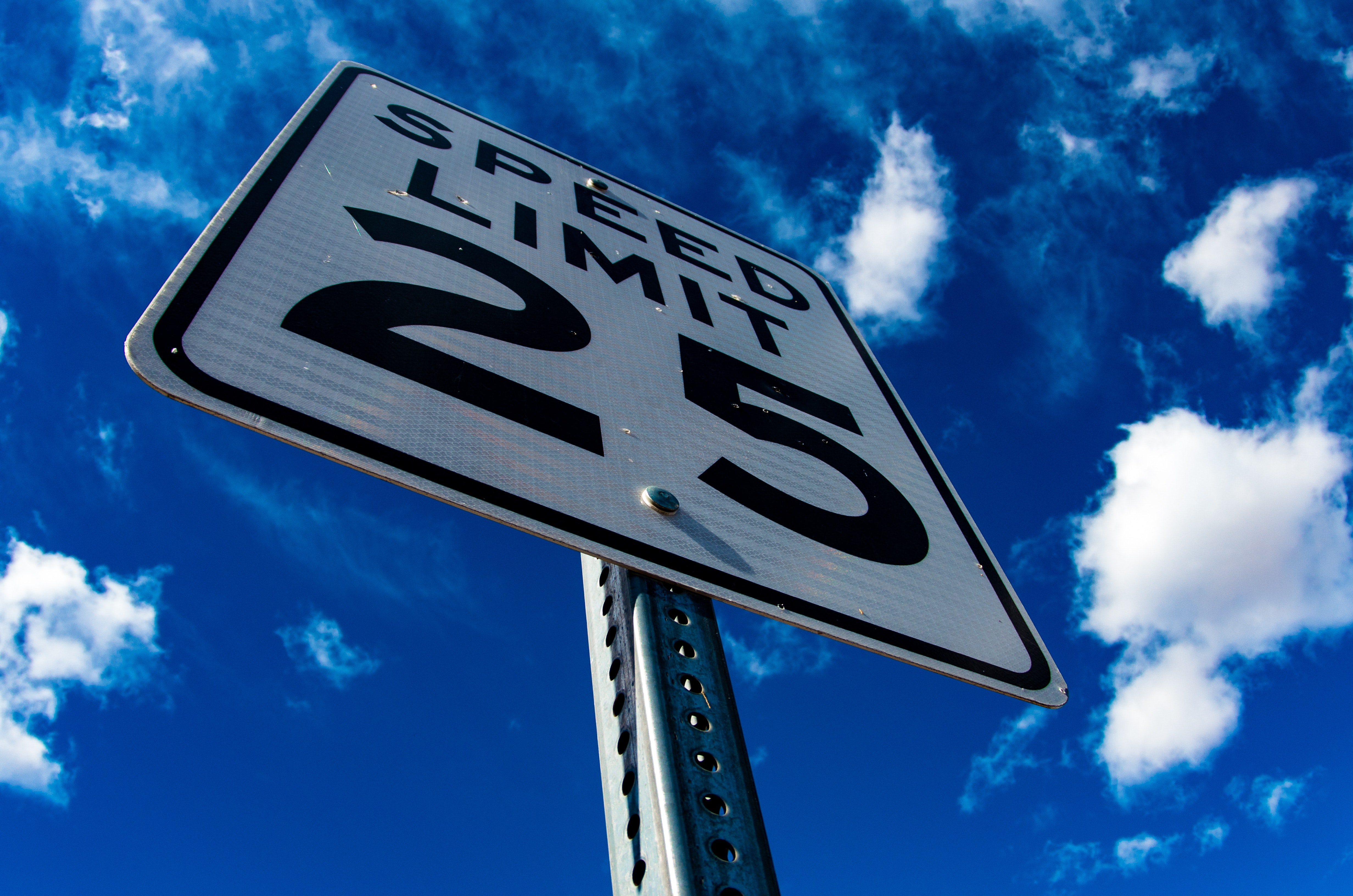 5 Signs Your Neighborhood Should Invest in Speed Radar Signs